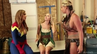 Chandler arizona Marie and Tanya Tate love a threesome along with a heated damsel