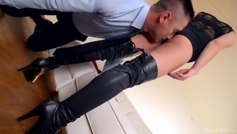 Perverted bloke loves gorgeous With sharon Lee's prolonged legs in footwear