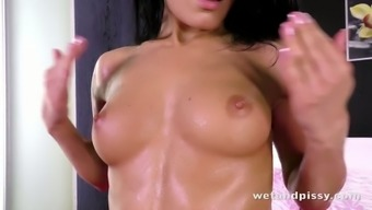 Beautiful Lexi Dona interests to utilise her pussy pump out during her wild environment lick periods