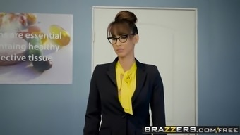 Brazzers - Large Titties at School - A Tips Into the High school Look after s