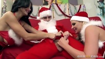brilliant helpers magumas addams and gilbert az marie sucking santa's huge hole