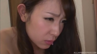 Imai Mayumi persuaded by her co-worker and get a intercourse appointment