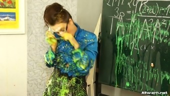 Kinky coach gets messy back with her students and apply shades of color through out their self