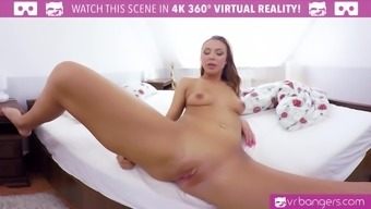 Lexi Dona Fingering Her Way to the Ejaculate