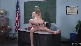 Anna Puff Looks has got a boost leading Karla Kush over a fuck
