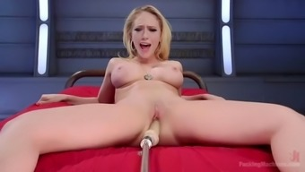the fucking machine makes well-known kagney lynn mover cum challenging