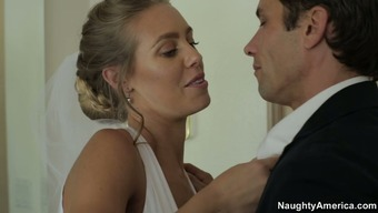 Nicole Aniston chop on her fiance at the wedding