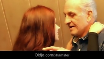 Respectable grandpa gets sexual many thanks from grateful redhead teen