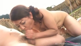 Ayano Murasaki the mature Japanese gets fucked outside