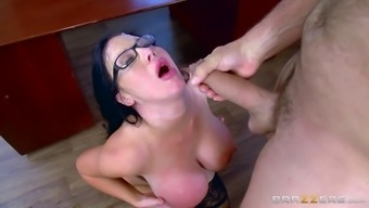 Big titties counter roam and her chief fuck with passion