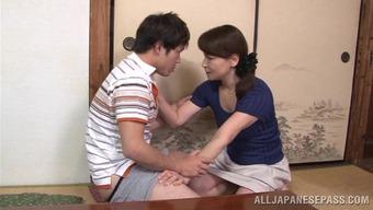 Japanese mom Yuuri Saejima indicates her cock-sucking ability
