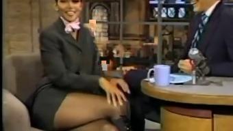 Halle Berry's Super Crossed both legs