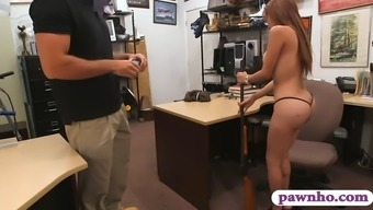 Plus size latina powdered by foul doll bf in his workplace