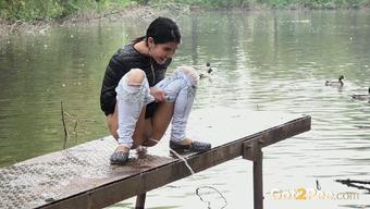Beautiful very long legged dark teen in demins pisses in public locations