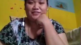 indonesian fatty girl doing cam sexual intercourse fr bf ,skype-p1