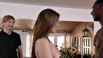Cuckold observing his Hotwife Jojo Make out
