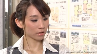 Attractive japanese people milf Ki Hanyuu is included into group banging