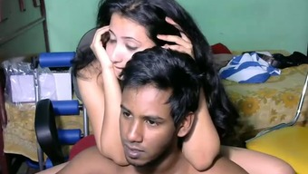 Stunning Srilankan youthful wifey and her sexy partner on digicam