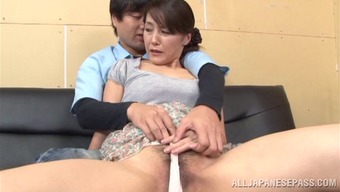 Attractive pornography hottie Nao Katoh appreciates to obtain nailed complicated and doggystyle