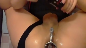 Speculum gaping his ass wide open for a few comparison