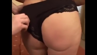 Granny along with deflated boobs & sweet delicious hairy clit!
