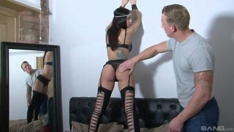 Magnificent clit nailing by using a classy beauty Julia Onze Lucia