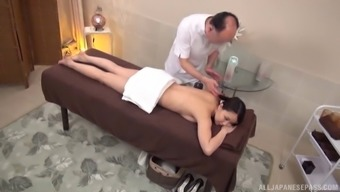A most erotic way of massage regarding the thin Japanese people demoiselle