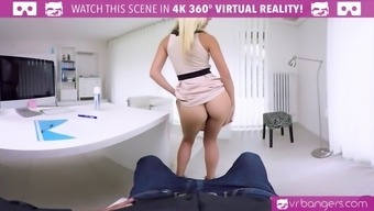 VR PORN-Hot Associate Fuck Her Supervisor Cooked