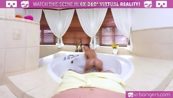VR PORN-Hot Blond Fuck and Suck In the new Bathtub