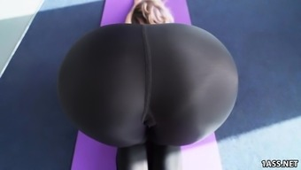 Great Round Butt Jada Stevens Can take Big Penis After This type of fitness
