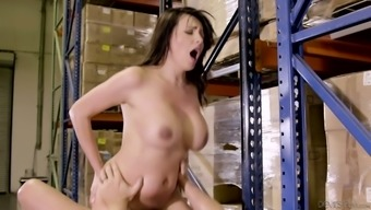 Sex-hungry harlot Danica Dillon seduces one staff and offers him blowjob