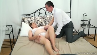 Wild young hunk fucks old whore Kata and cums on the furry plump cherry