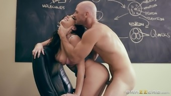 Karlee Grey seduces a attractive coach with the amazing titties