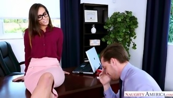 Rigorous well-shaped supervisor Kelsi Monroe gets fucked by her cpa