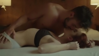 Amarna miller sex in music video