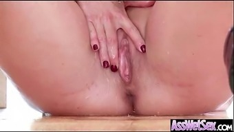 Anus Intercourse On Cam Along with Big Oiled Butt Warm Trek Love (shay bear) mov-28
