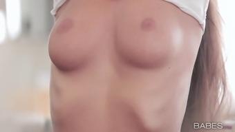 Satisfying appeal site exhibits plus sized babe Lia in sexual masturbatory stimulation
