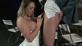 Naughty soon to be bride Victoria The hot season loving a boner with her knee caps