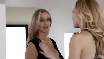 Julia Ann's astounding body makes a fellow's cock solid