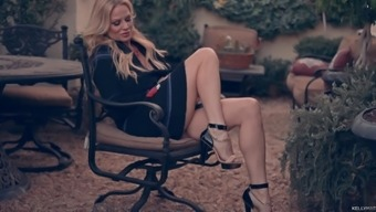Kelly Madison can be an insatiable ladies who might craves a climax