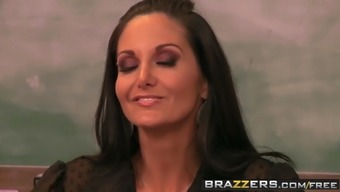 Brazzers - Warm And Mean - Abby Mix Abigail Mac and Magumas Apply