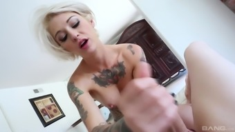 Fascinating Kleio Valentien arrives in blow a lift on the ground