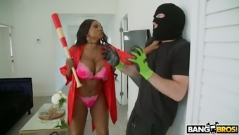 Gigantic breasted afro MILF Ring Jackson recept robber and fucks him challenging