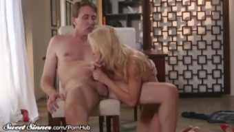 Smokin' Heated MILF Alexis Fawx Fucked HARD After Child support!