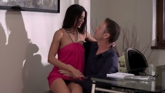 Leggy damsel Alexa Tomas allows her one to effectively stretch out and ruin her rear end opening
