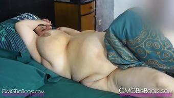 Sunniva Lind masturbates and cums 1080p