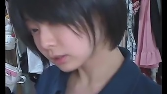 iiniku ushijima webcam