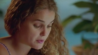 Keri Russell - ''Mad About Mambo''