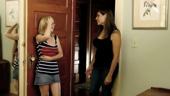 Nerdy blonde dyke whore gets a visit from a hot bitch