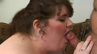 Guy cums on chubby girlie after banging her very well